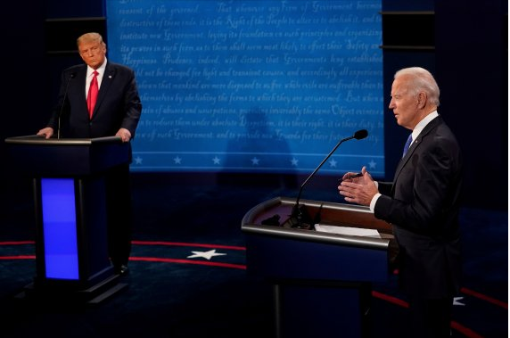 트럼프, 美 전국 지지도 격차 좁혀