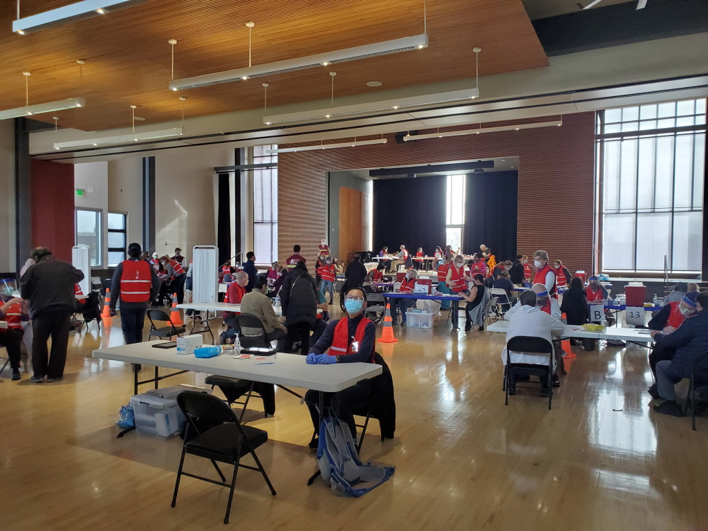 워싱턴주 코로나 백신 1B-2 단계 진입: 특정 집단 환경 근로자들 대상